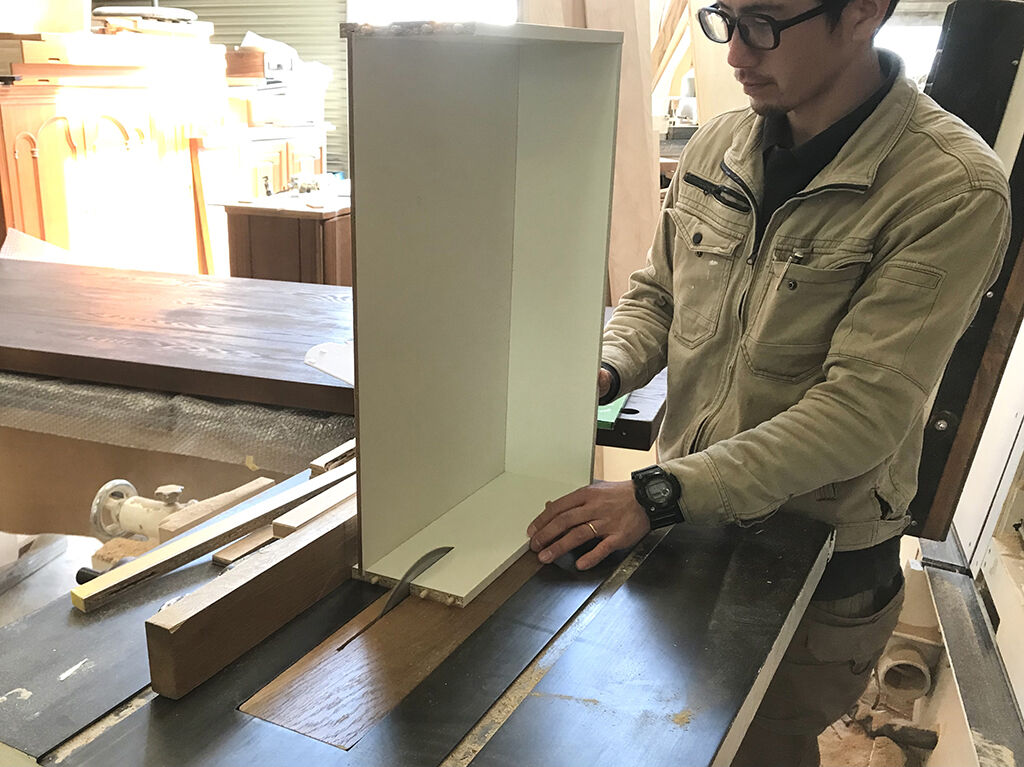 ローテーブルの高さをH450程度にするため引き出しの高さをリサイズ