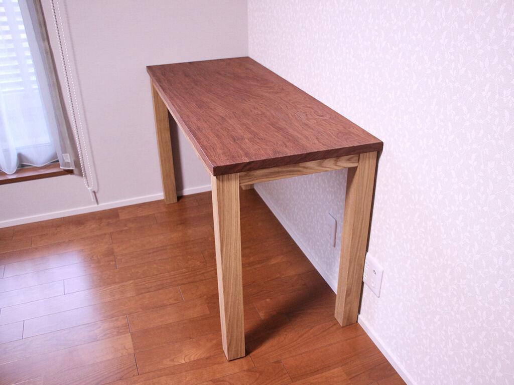 無垢ブビンガの座卓をリメイクしたワークデスクをお客様のご新居に設置